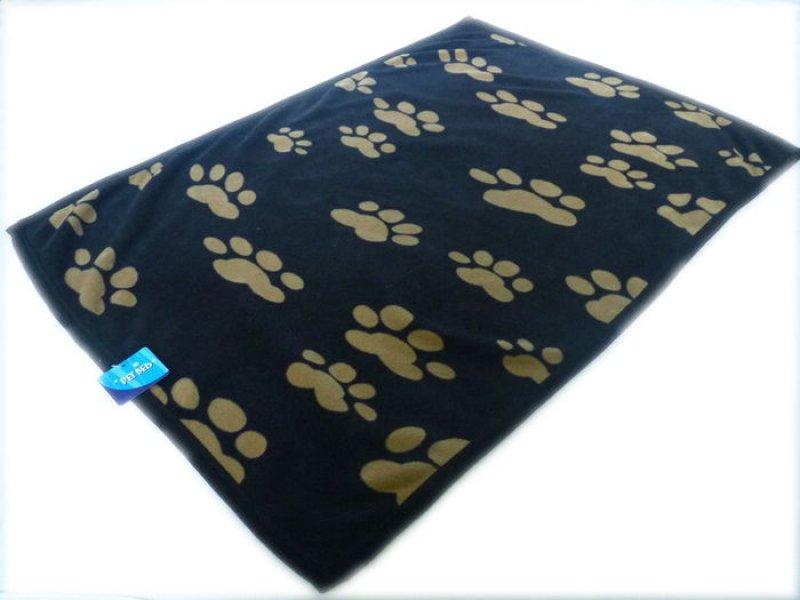 Psí deka s tlapkami - 100x70 cm