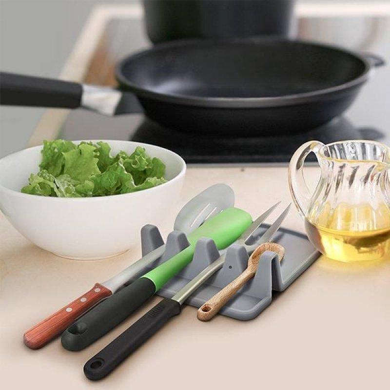 Držák na kuchyňské náčiní