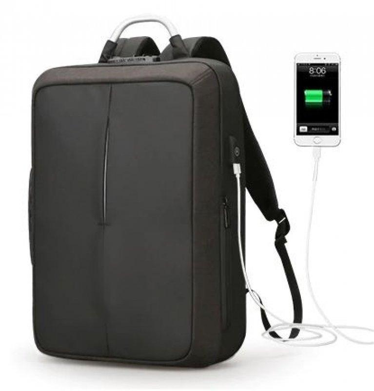 Praktický cestovní batoh - Černá