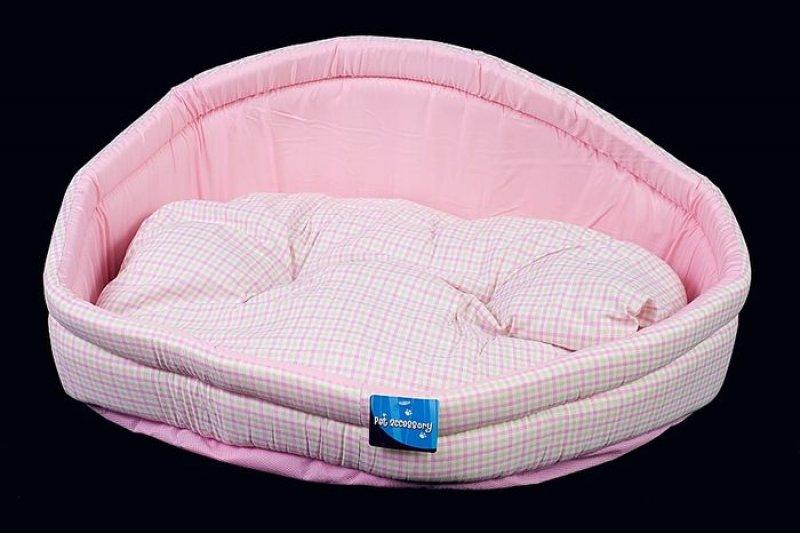 Růžový kostkovaný pelech - 69x55 cm