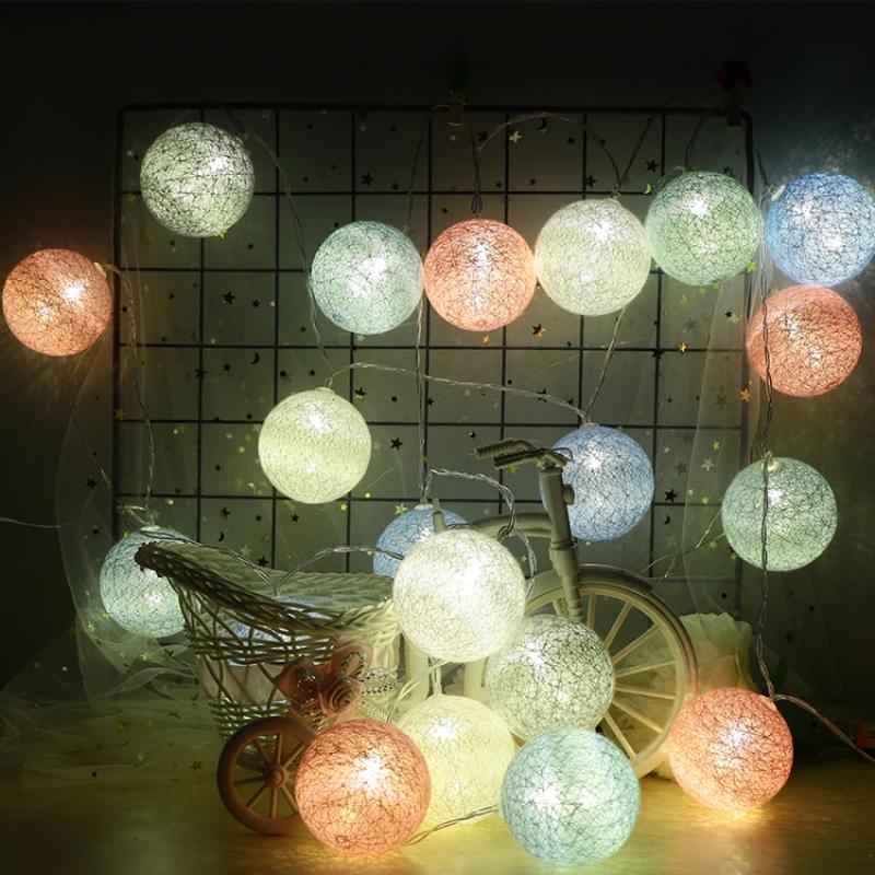 Svítící řetěz – Bavlněné koule