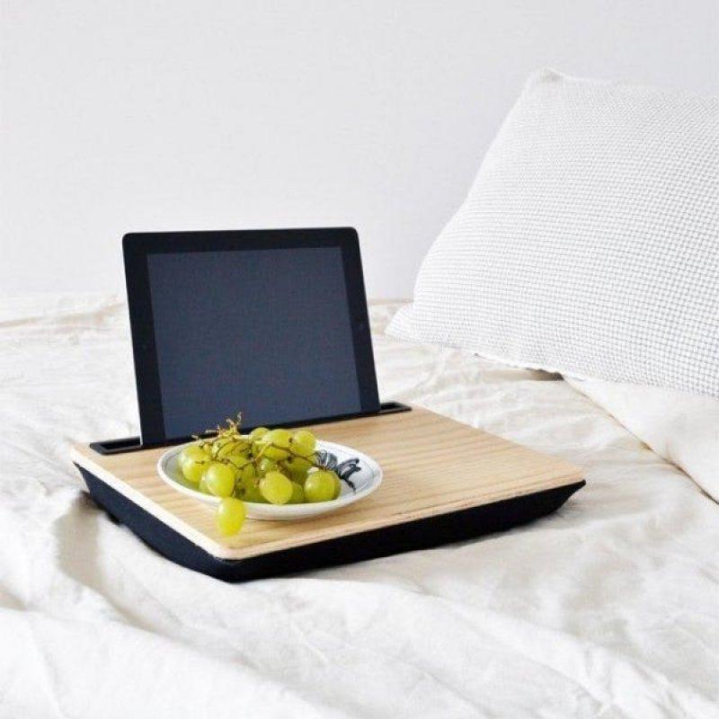Dřevěný stolek na tablet - XL