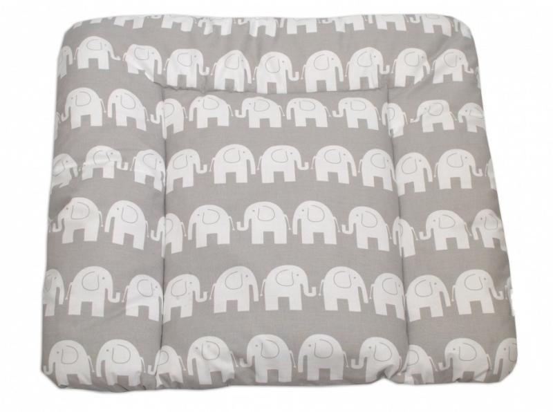 mamo-tato-prebalovaci-podlozka-70x75cm-sloni-bili-v-sede