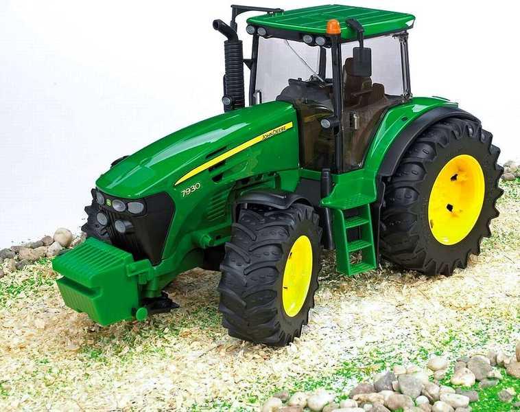BRUDER 03050 (3050) Traktor JOHN DEERE 7930
