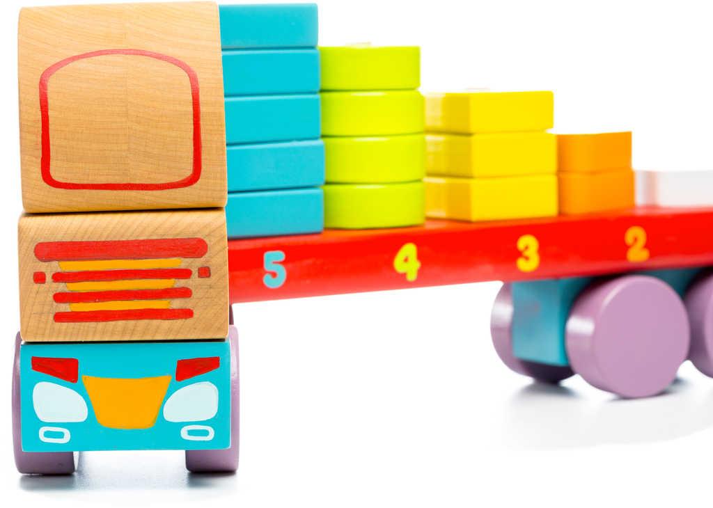 CUBIKA DŘEVO Baby Kamion autíčko navlékací stavebnice set 19 dílků