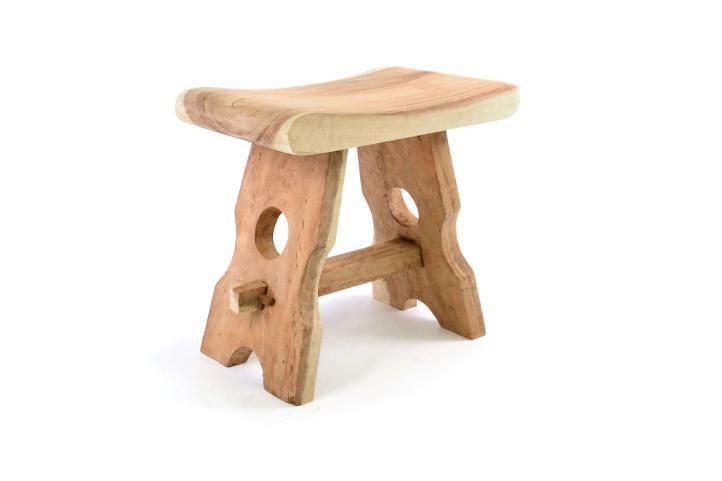 masivni-stolicka-z-munguroveho-dreva-divero-rucni-prace
