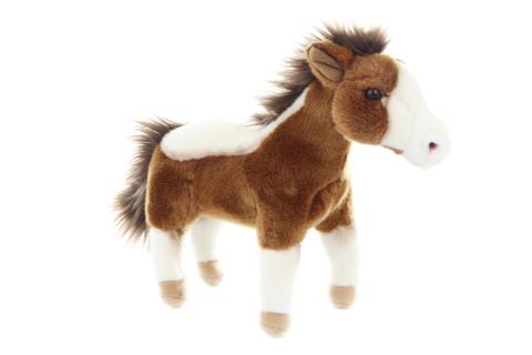 Plyš kůň stojící