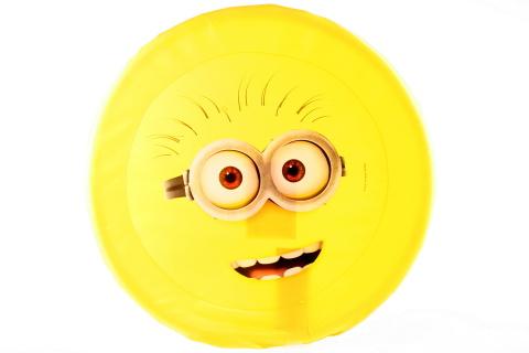 Letací disk Mimoni obličej