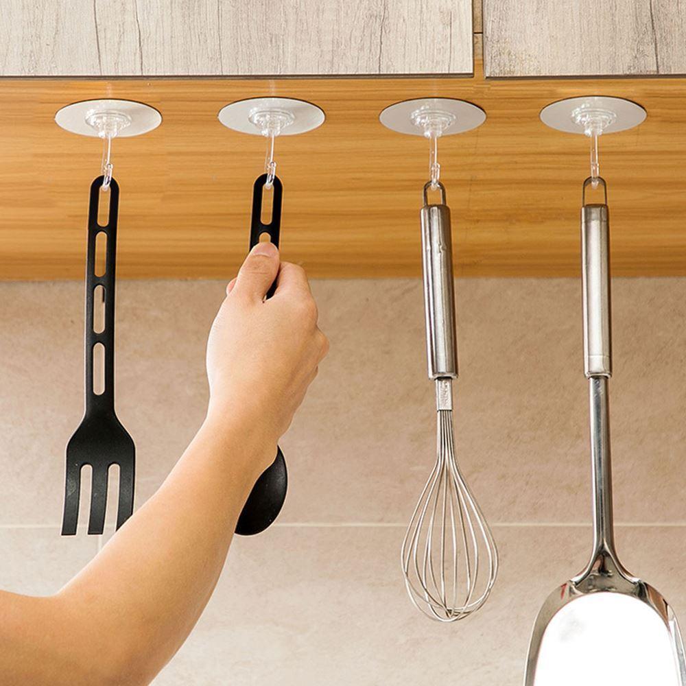 Samolepící háčky do kuchyně