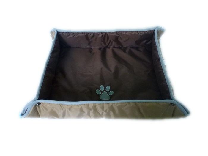 Voděodolný psí pelech - 71x61 cm