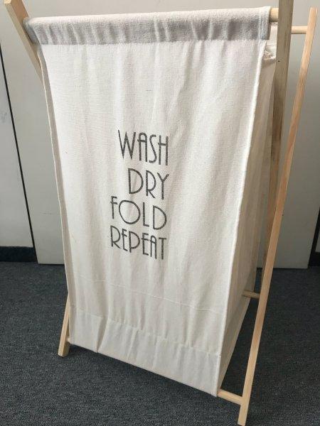Stylový koš na prádlo - Wash, Dry, Fold Repeat