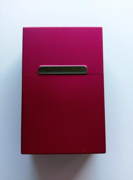 Plechová krabička na cigarety - Červená