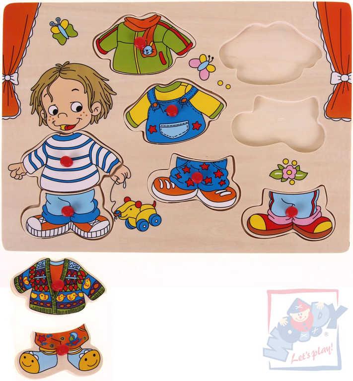WOODY DŘEVO Oblékání na desce puzzle Sebastian dřevěná vkládačka
