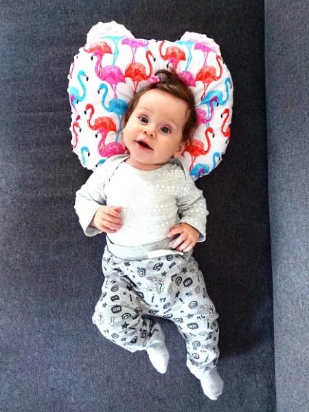Baby Nellys Oboustanný polštářek s oušky, 30x35cm - Tečky,minky černá