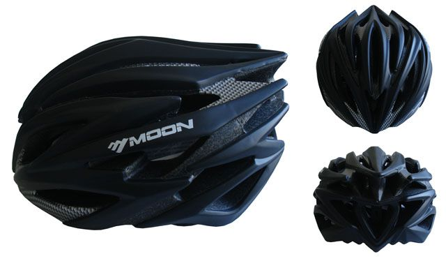 Cyklistická helma velikost M - černá