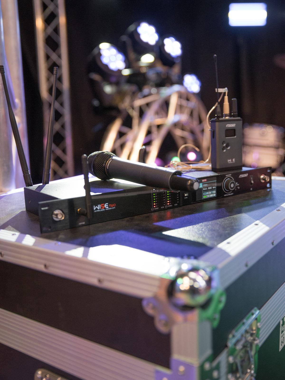 PSSO WISE TWO, 2-kanálový mikrofonní přijímač, 518 - 548 MHz