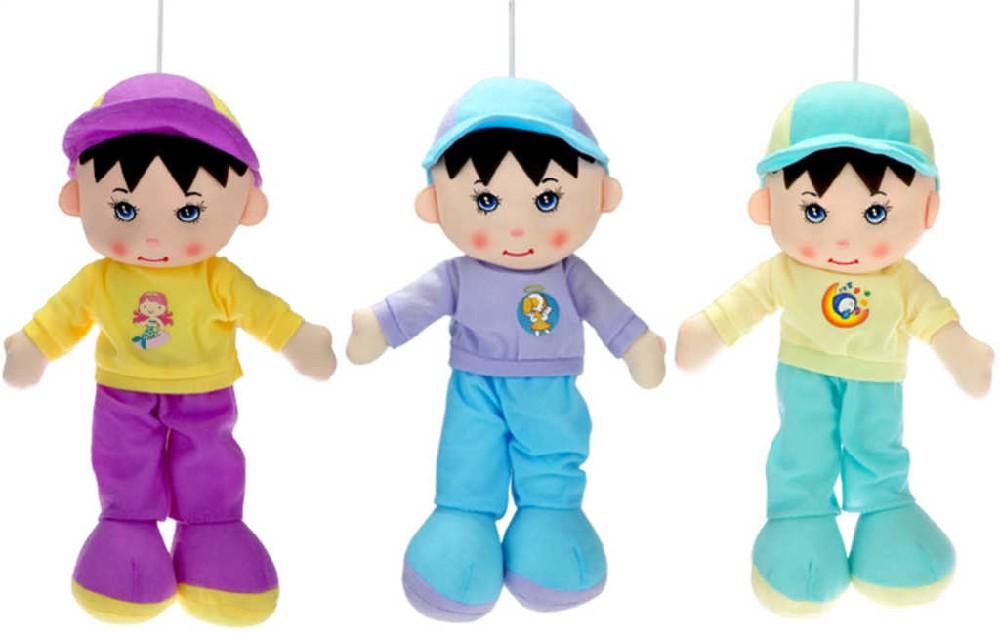 Panáček hadrový 35cm kluk s čepičkou 3 barvy s poutkem v sáčku