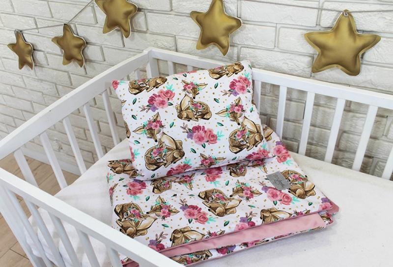 baby-nellys-2-dilna-sada-do-postylky-velvet-ruzovy-srnky-kvetiny