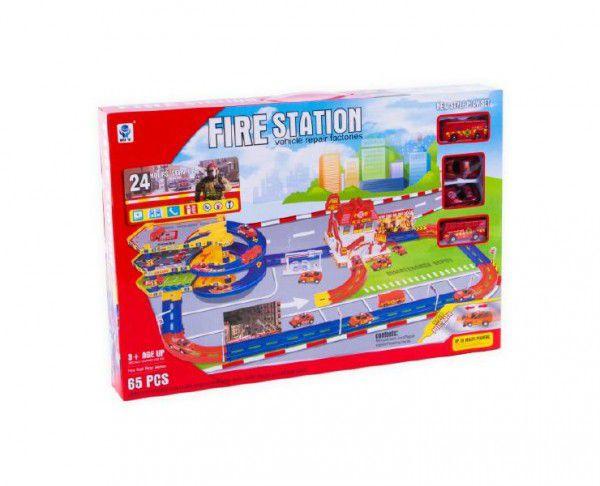 Garáž/Hasičská stanice s dráhou 65ks plast v krabici 59x40x7,5cm