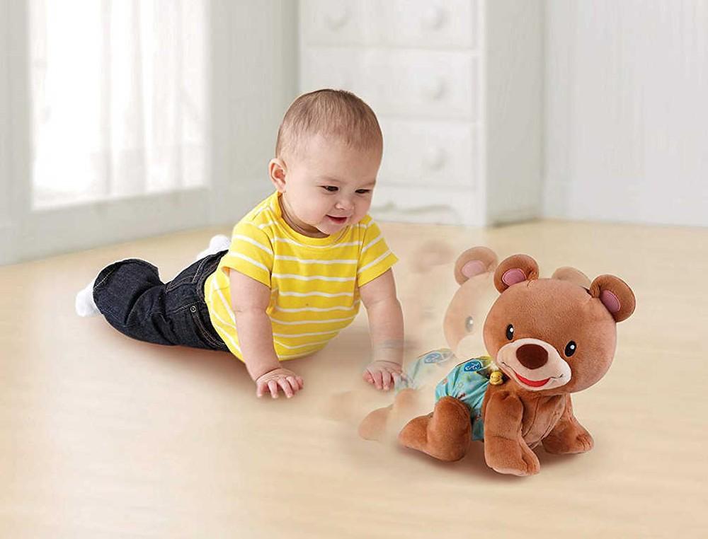 PLYŠ Baby medvídek naučný lezoucí mluví zpívá na baterie Světlo Zvuk
