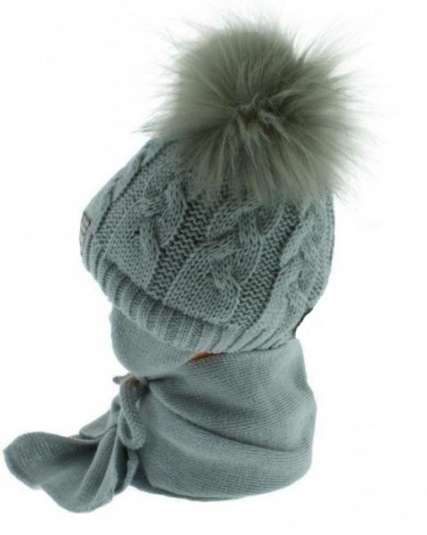 BABY NELLYS Zimní čepička s šálou - chlupáčkové bambulky - sv. šedá/tm. šedé - 6/18měsíců