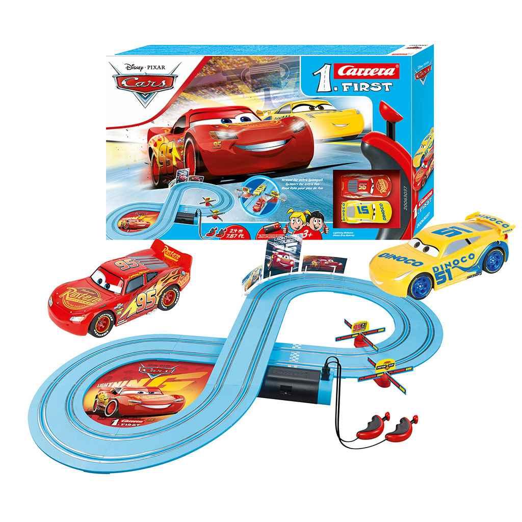 - Autodráha Carrera FIRST Cars - Race of Friends 2,4m - multicolor