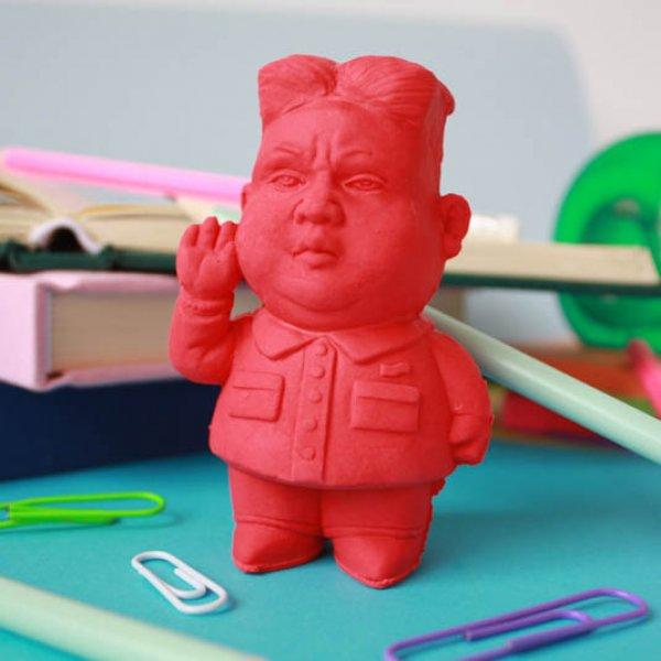 Vygumovaný diktátor