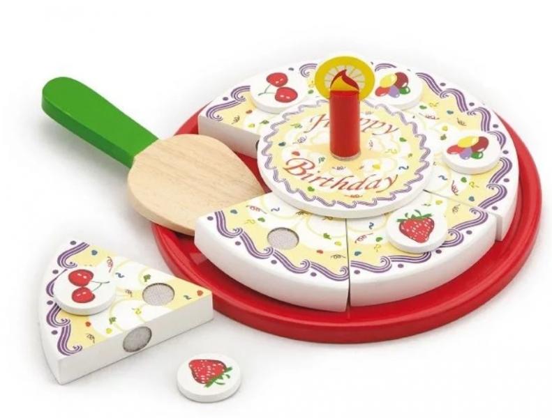 viga-dreveny-narozeninovy-dort-na-hrani-cerveny