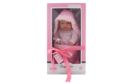 Miminko holčička v zavinovačce v dárkovém balení