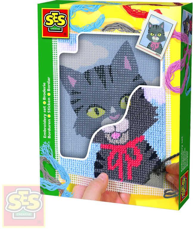 SES CREATIVE Dečka dětská vyšívací Kočička set s bavlkami malá švadlenka