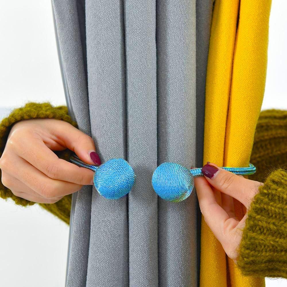 Magnetická spona na závěsy - světle modrá