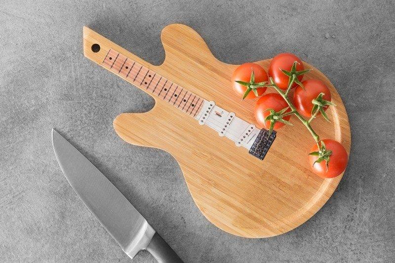 Bambusové prkénko - kytara