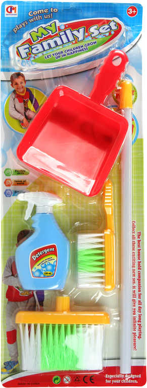 Uklízecí set 2 smetáčky s lopatkou a čistícím prostředkem malá uklízečka na kartě