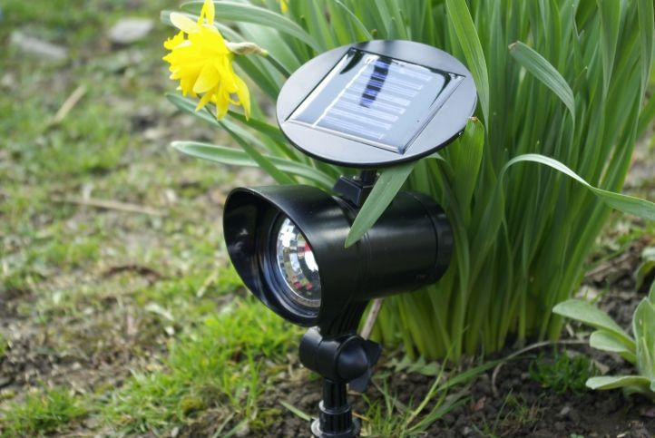 Zahradní LED Solární reflektor Garth se 3 LED diodami