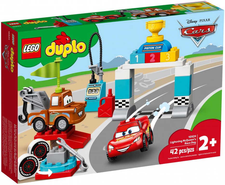LEGO DUPLO Závodní den Bleska McQueena Auta (Cars) 10924 STAVEBNICE