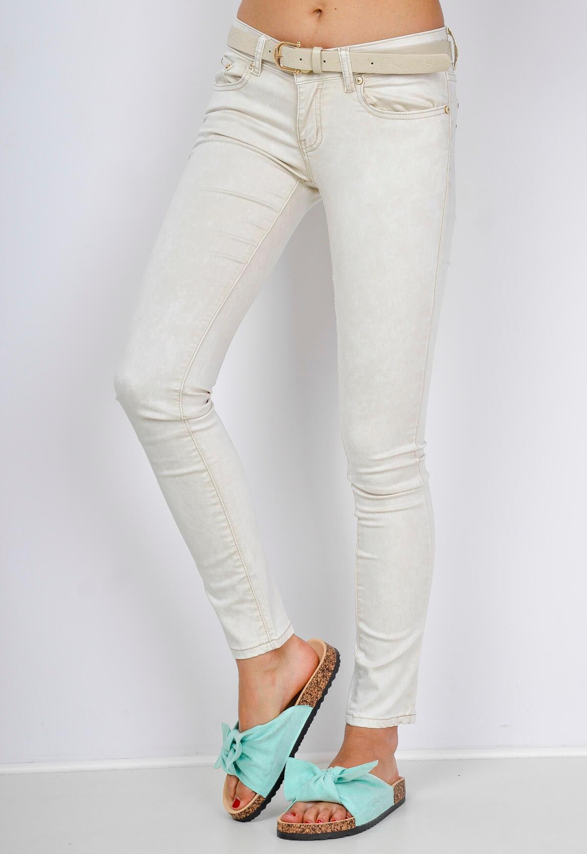 Dámské mramorované barevné džíny s opaskem