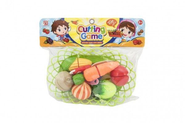 Krájecí zelenina v košíku