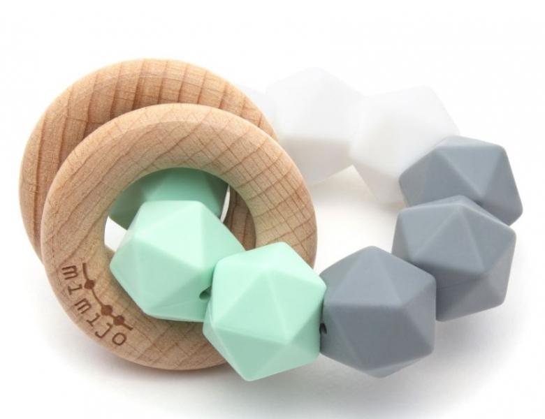 mimijo-silikonove-kousatko-a-chrastitko-2v1-claudio-pastelove