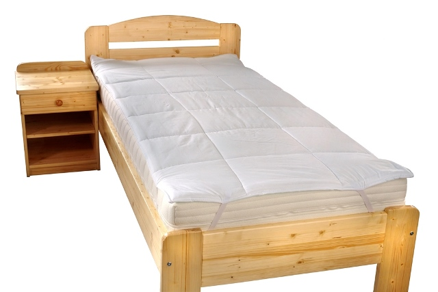 Chránič matrace prošitý s výplní dutého vlákna 90x200cm