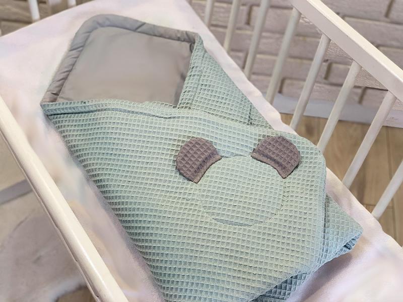 baby-nellys-luxusni-zavinovacka-vaflova-medvidek-75-x-75cm-tyrkys