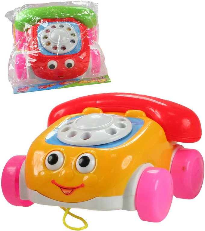 Telefon auto plastové tahací na kolečkách 3 barvy