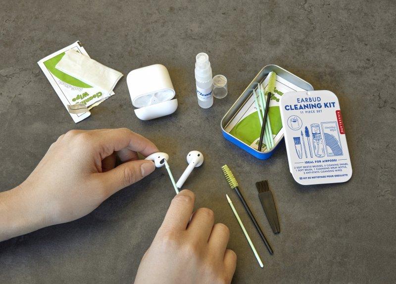 Pohotovostní set na vyčištění sluchátek