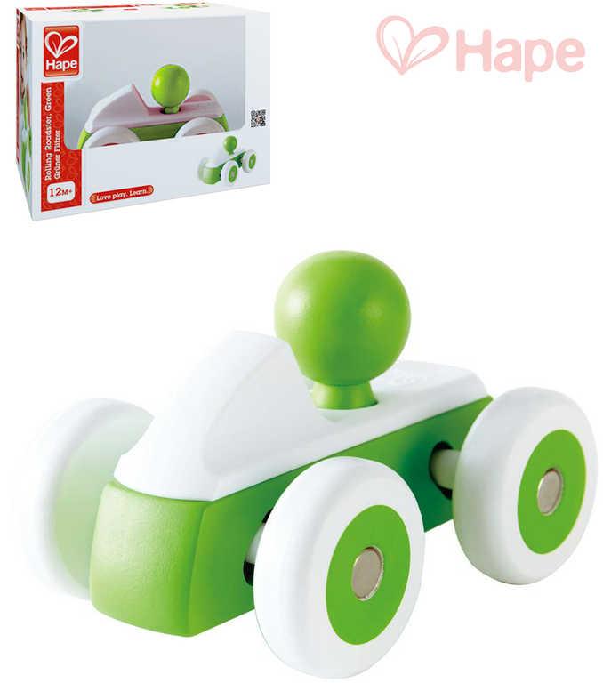 HAPE DŘEVO Baby roadster mini zelené autíčko s řidičem pro miminko