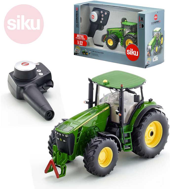 SIKU RC Model Traktor John Deere 8345R 2,4GHz na vysílačku 1:32 na baterie kov Světlo