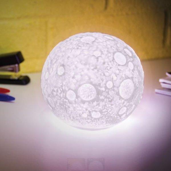 Lampa měnící barvu - Měsíc