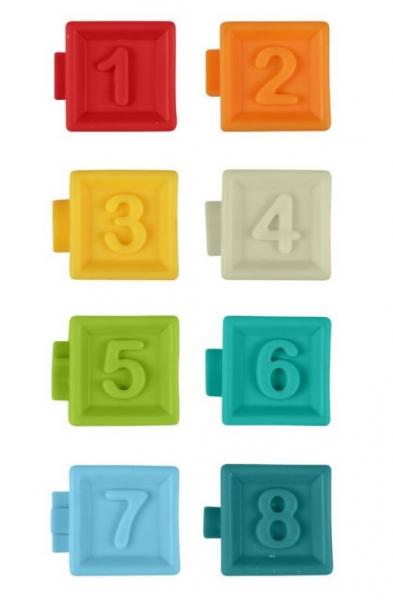 akuku-edukacni-barevne-kostky-8ks-v-krabicce