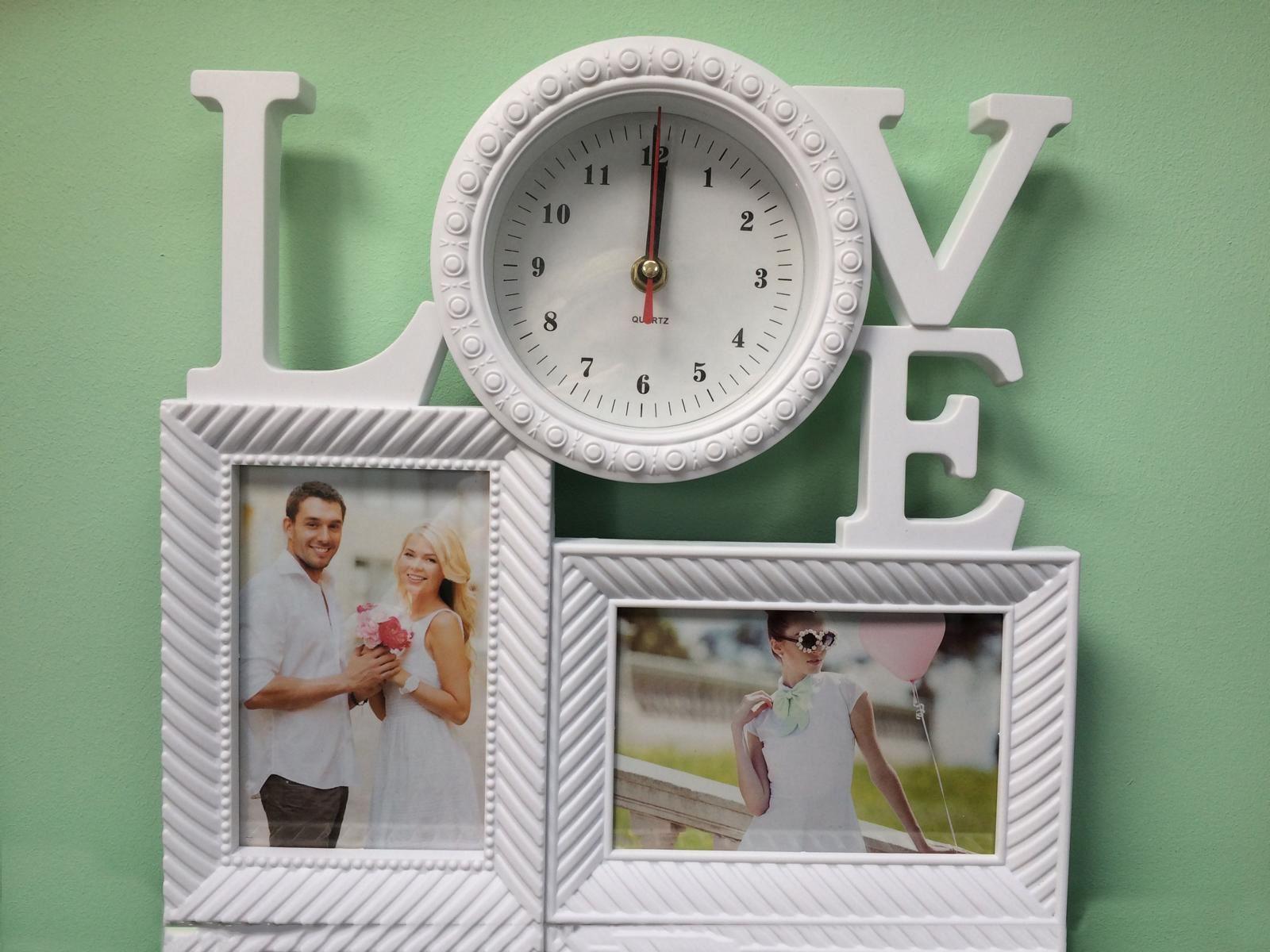 Fotorámeček LOVE s hodinami