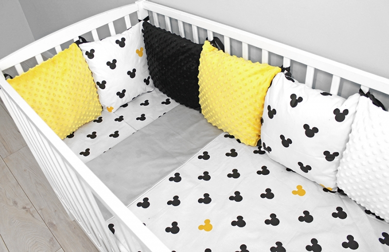 baby-nellys-polstarkovy-mantinel-minky-s-povlecenim-mickey-zluta-b19-120x90