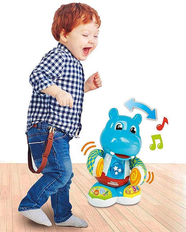 CLEMENTONI Baby hroch Filip tancuje tleská rukama na baterie Světlo Zvuk