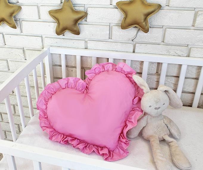 baby-nellys-dekoracni-oboustranny-polstarek-srdce-45-x-40-cm-ruzove